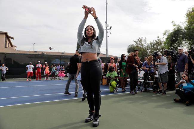 Straight back to Compton: Venus and Serena Williams go home