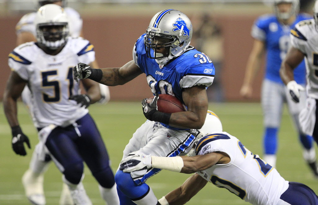 Former Detroit Lions running back Kevin Smith (30) is expected to challenge veteran ball carrier Will Ford for the starting job with the Bombers.