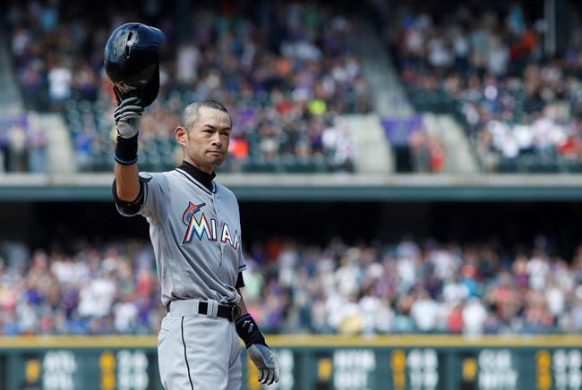 Ichiro Suzuki hits 3000 mark in major leagues