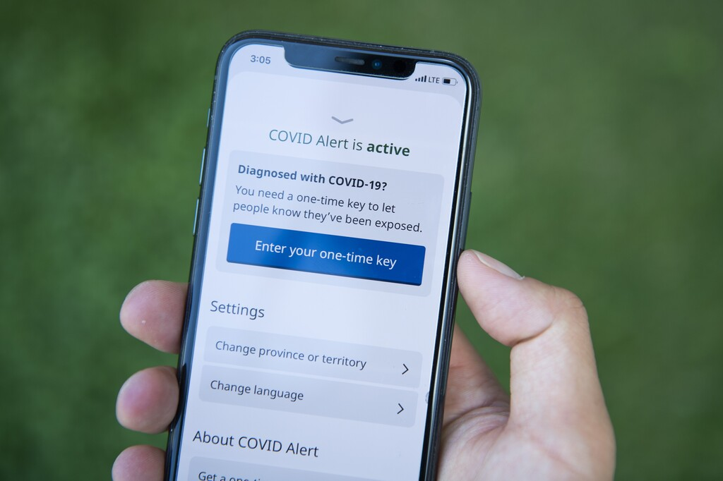 The COVID Alert app will let people know if they might have unknowingly been exposed to the virus. (Justin Tang / The Canadian Press files)