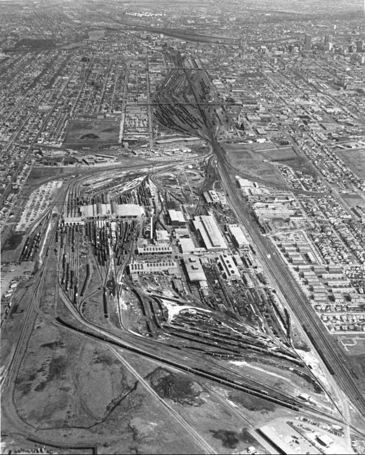 Ken Gigliotti / Winnipeg Free Press Archives April 21, 1980 An aerial photo of the CP Rail Yard.