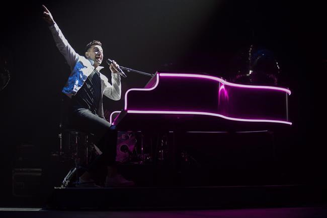 Hedley lead singer Jacob Hoggard performs during the band's final concert of their current tour in Kelowna, B.C. on Friday, March 23, 2018. A two-day preliminary hearing is expected to begin today in the sex assault case of Hedley frontman Jacob Hoggard. THE CANADIAN PRESS/Jeff Bassett