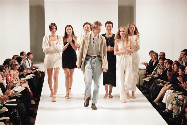 Fashion Industry Weighs Pros And Cons Of Social Media Use During Runway Shows Winnipeg Free Press