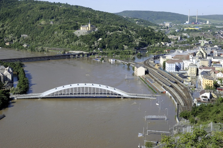 The swollen Elbe river forced the closure of the Benes bridge in Usti nad Labem, about 90 kilometres north of Prague, the Czech Republic.