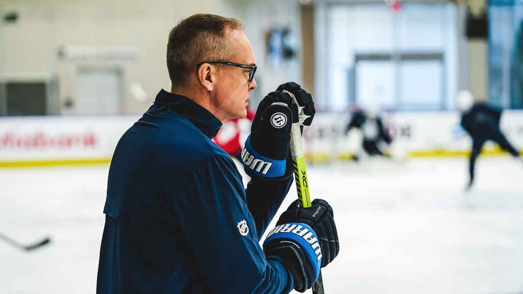 Winnipeg Jets Coach Paul Maurice at a practice in Edmonton in July.