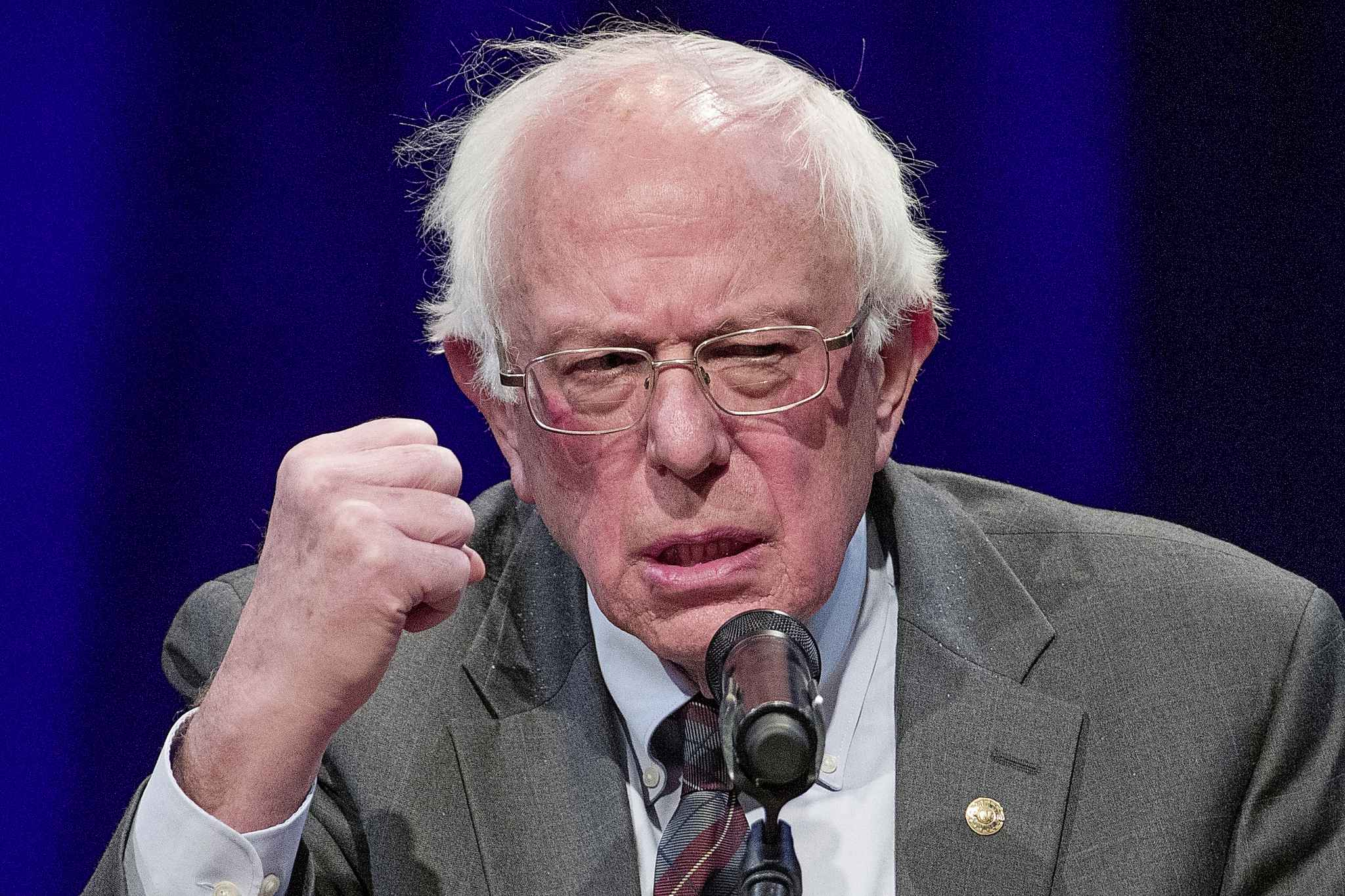 The Sanders campaign says it raised US$6 million in donations within 24 hours of his declared candidacy