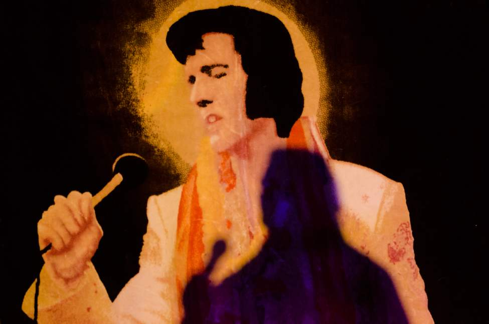John Van Valack performs as Elvis. Elvis impersonators performed for a full Gimli recreation centre, which comes less than a week before the 35th anniversary of Elvis's death. COLE BREILAND / WINNIPEG FREE PRESS