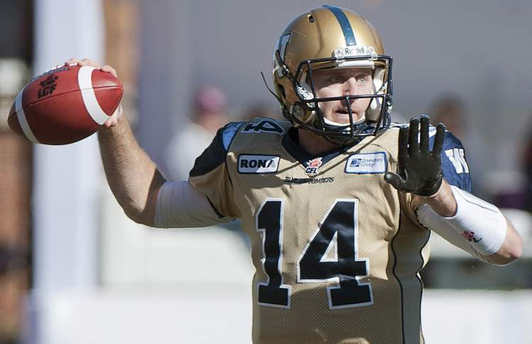 Joey Elliott throws the ball against the Montreal Alouettes in Montreal, Monday, October 8, 2012.