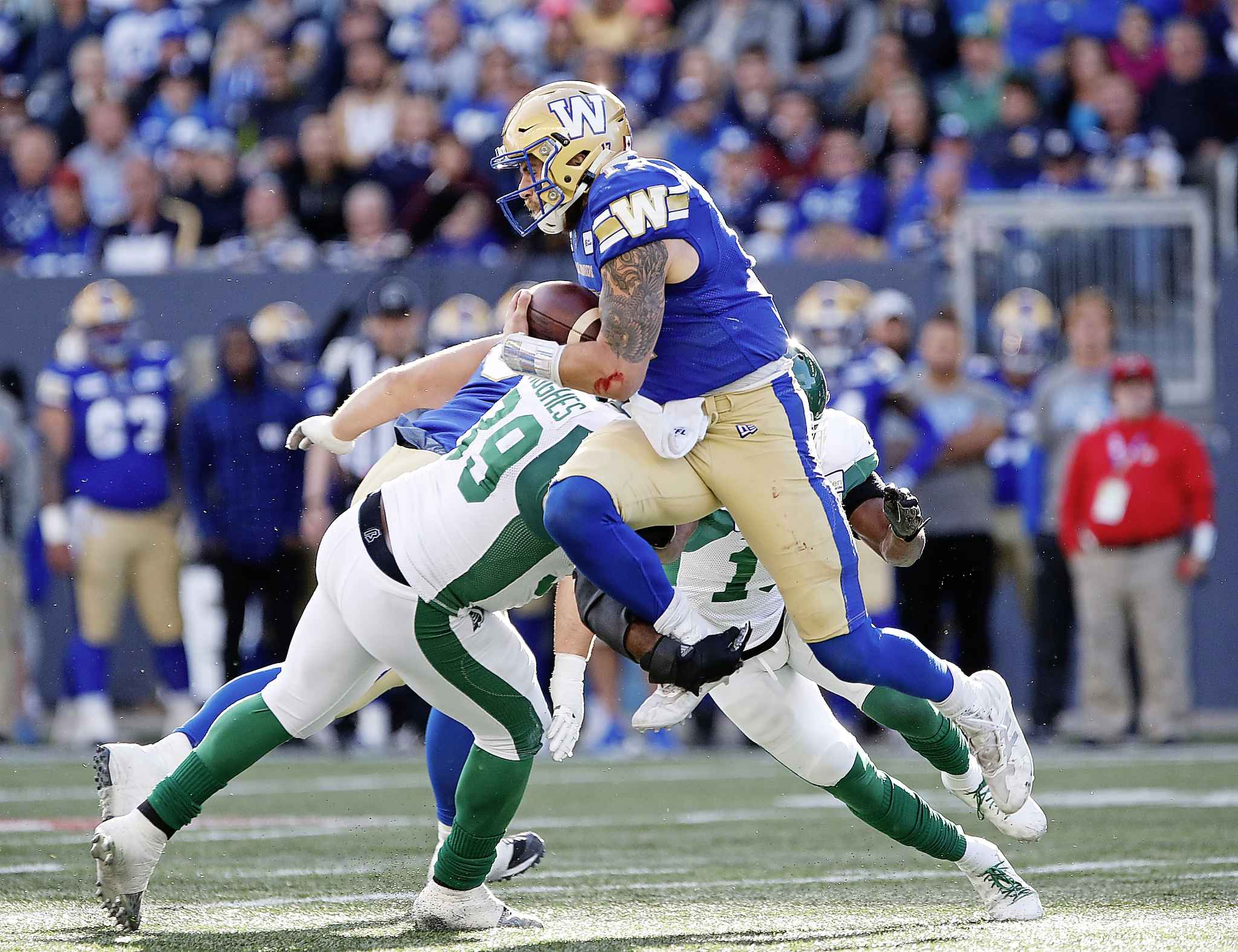 JOHN WOODS / THE CANADIAN PRESS FILES</p><p>Winnipeg Blue Bombers quarterback Chris Streveler (17) gets set to throw against the Saskatchewan Roughriders during the second half of CFL action in Winnipeg Saturday, September 7, 2019.</p>