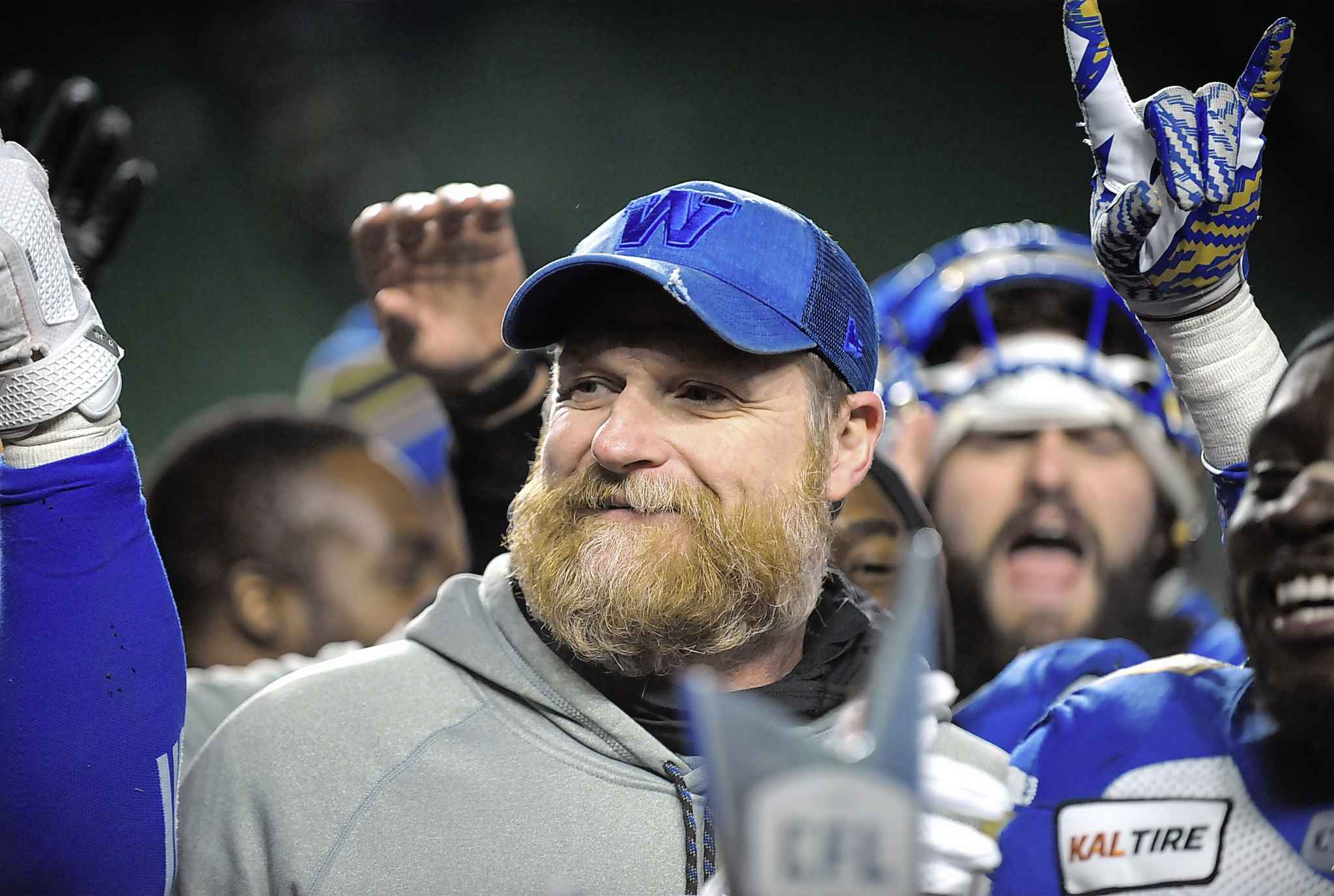 MARK TAYLOR / THE CANADIAN PRESS</p><p>Winnipeg Blue Bombers head coach Mike O'Shea celebrates with his team after defeating the Saskatchewan Roughriders in the CFL's West Division final.</p>