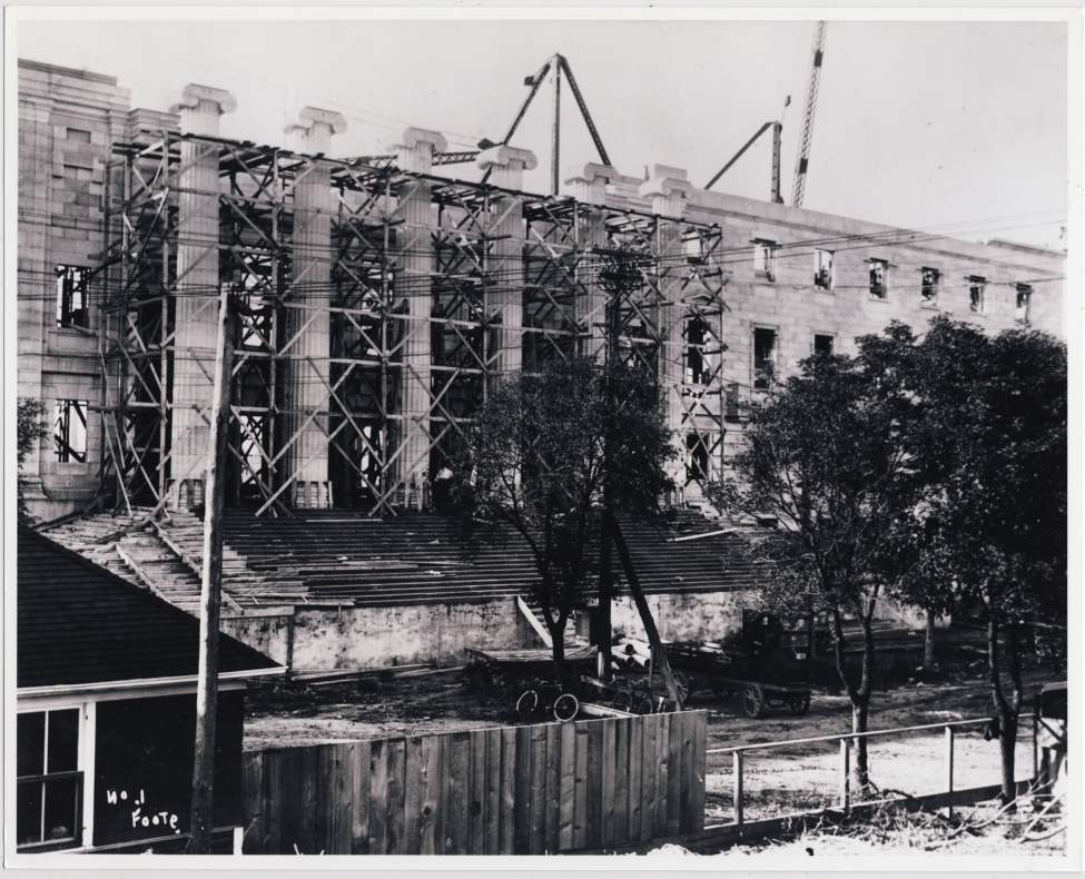 Construction of the Legislative Building, the centre and west end of the North Wing on September 15, 1915.