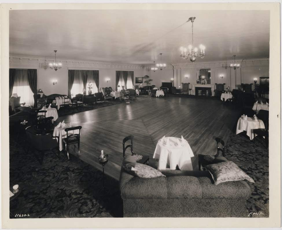 The Tea Room of the Royal Alexander Hotel.