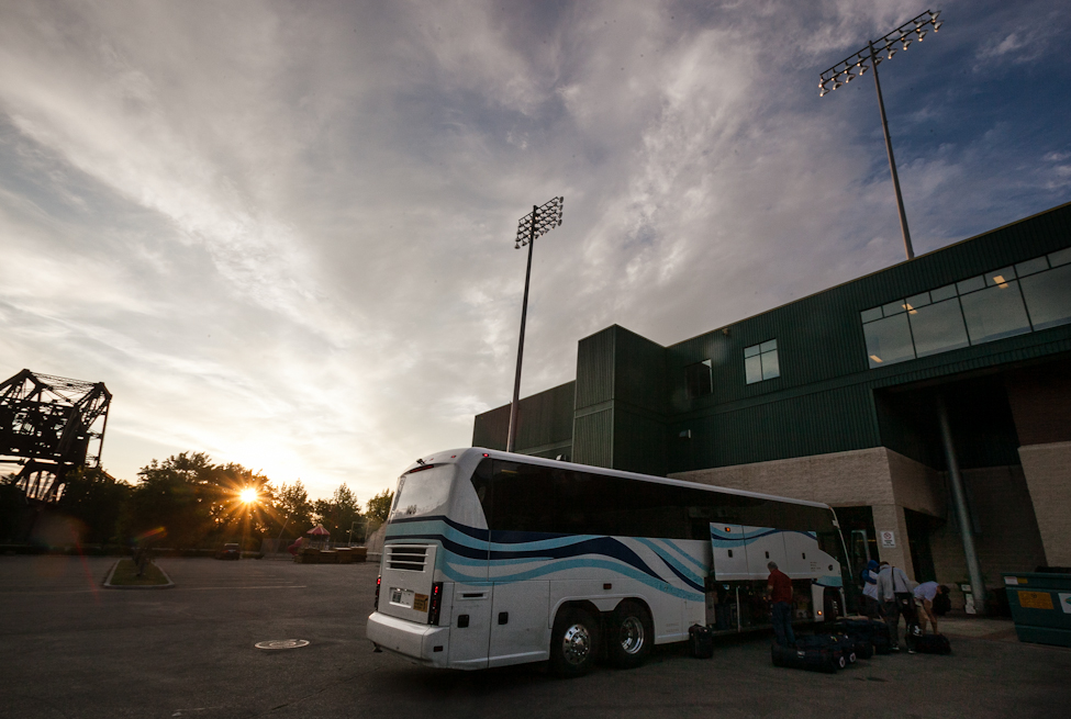 The team returns to Shaw Park in Winnipeg just after sunrise in morning. Later that night they beat the Sioux Falls Fighting Pheasants 20-16. (Melissa Tait / Winnipeg Free Press)
