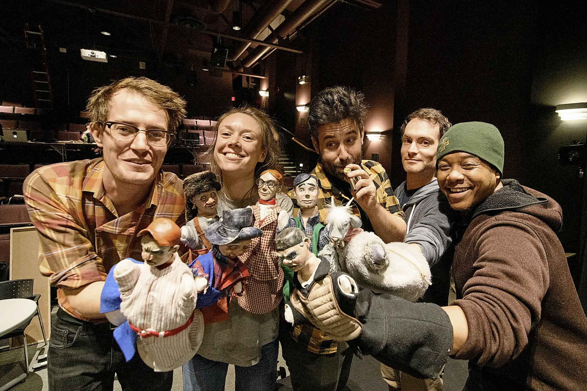 Toby Hughes, Katherine Cullen, James Smith, Jesse Nerenberg, and Ray Strachan with their puppets on set of The Golem's Mighty Swing Thursday afternoon at the Winnipeg Jewish Theatre. (Mike Sudoma / Winnipeg Free Press)
