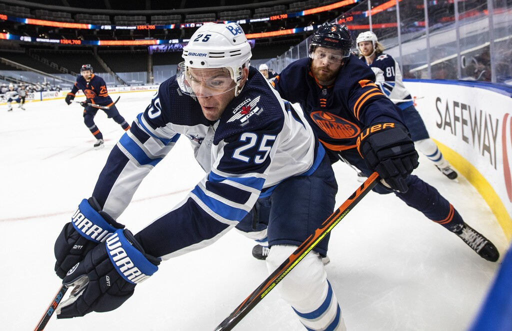 Paul Stastny will play in his 1,000th career game on Tuesday. (Jason Franson / The Canadian Press files)