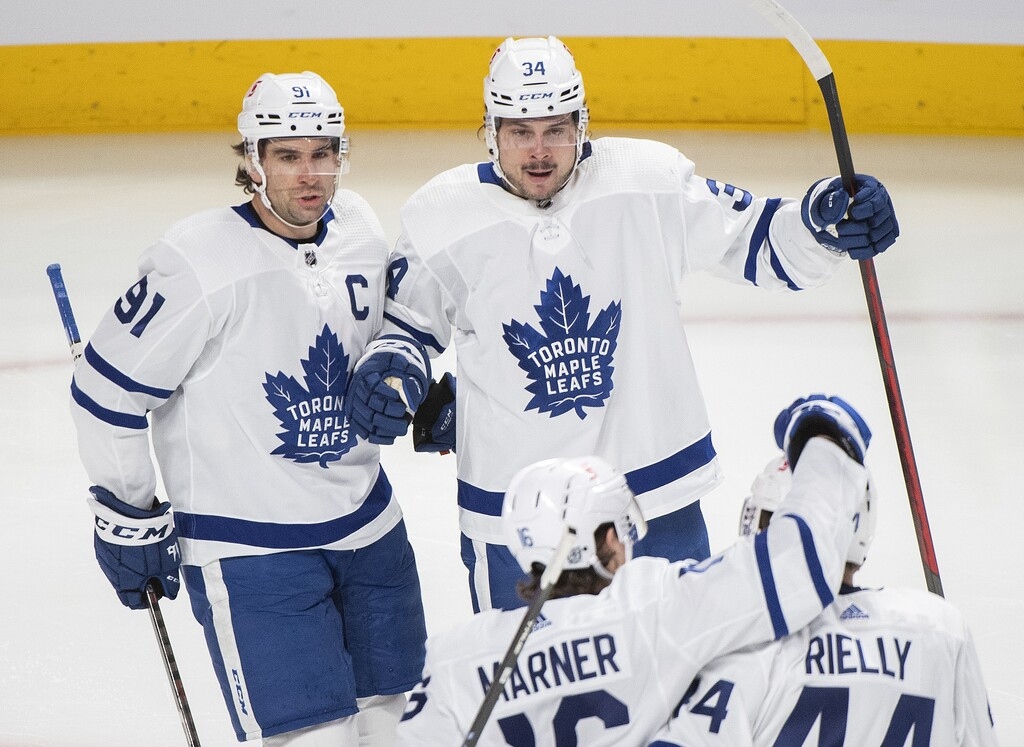Even getting to watch Auston Matthews (centre) over and over is a recipe for redundancy. (Graham Hughes / The Canadian Press files)