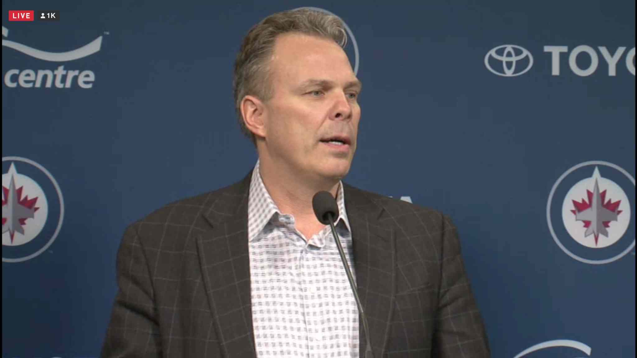 Winnipeg Jets GM Kevin Cheveldayoff announced the trade of Winnipeg Jets Evander Kane and Zach Bogosian to Buffalo Wednesday afternoon.