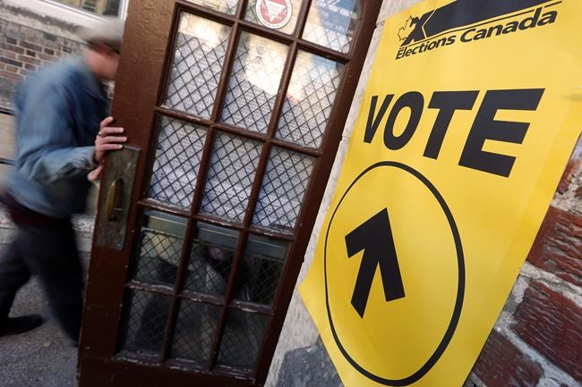 Winnipeggers come out to vote in Winnipeg South Centre during Canada's federal election Monday, October 19, 2015.