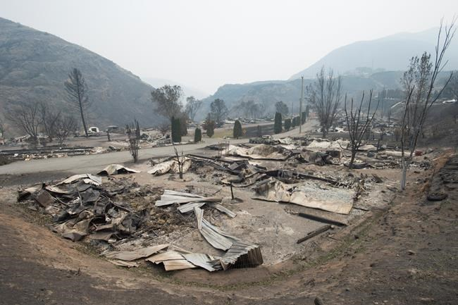 BC wildfires close courthouses in interior of province