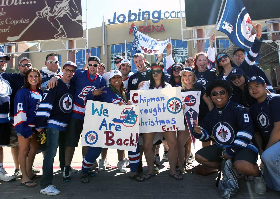 Winnipeg Jets fansgather outside the Jobing.com Arena in Phoenix, Arizona  Saturday prior to the start of the NHL game between the Winnipeg Jets and the Phoenix Coyotes.   (JOE BRYKSA / WINNIPEG FREE PRESS)