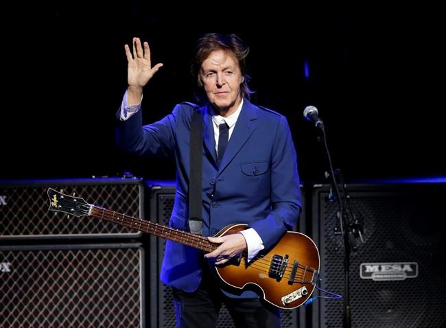 McCartney, Rowling promoted in the queen's Birthday Honours