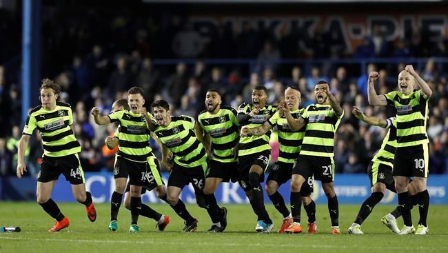 Huddersfield Town heading to Wembley [GALLERY]