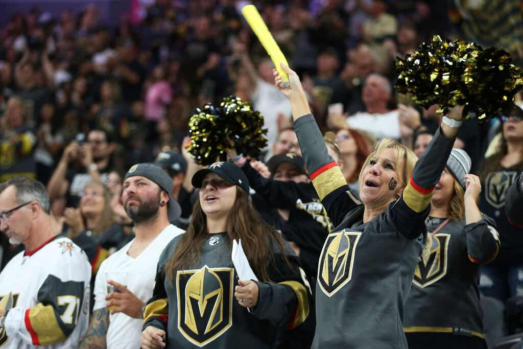 The Vegas Golden Knights will be permitted to have up to 2,500 fans at T-Mobile Arena. (Erik Verduzco/Las Vegas Review-Journal via AP)