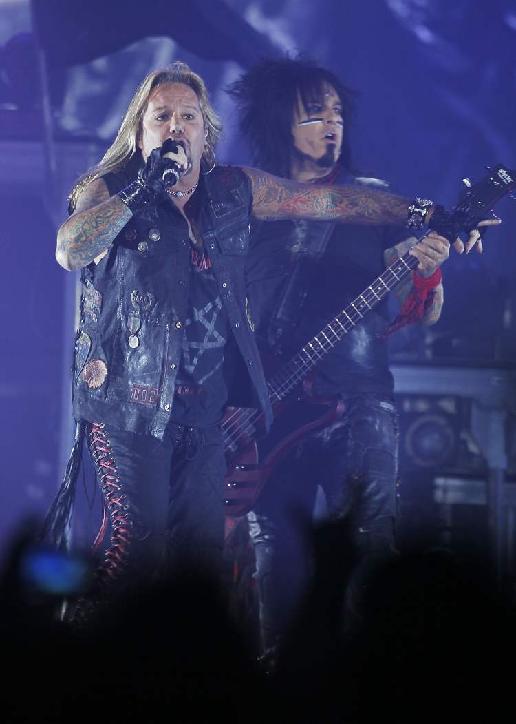 Vince Neil and Nikki Sixx (Winnipeg Free Press)