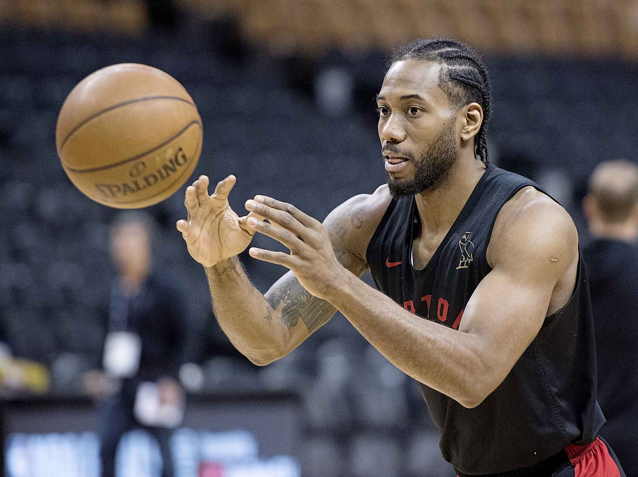 Toronto Raptors' Kawhi Leonard launches a pass during practice for the NBA Finals in Toronto on Wednesday.