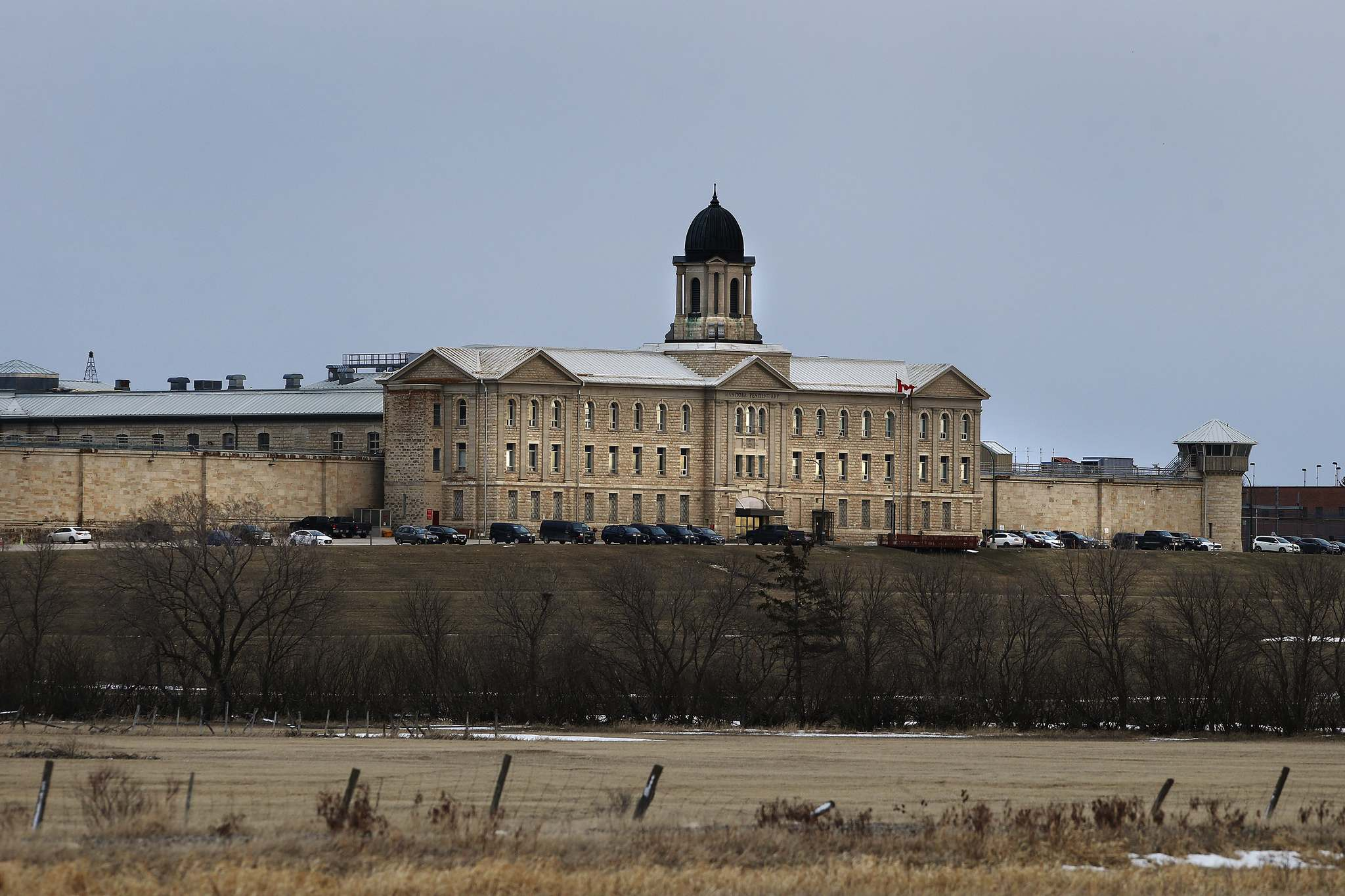 JOHN WOODS / WINNIPEG FREE PRESS Stony Mountain Institution, a federal jail in rural Manitoba, is rated as one of the most dangerous in the country.</p>
