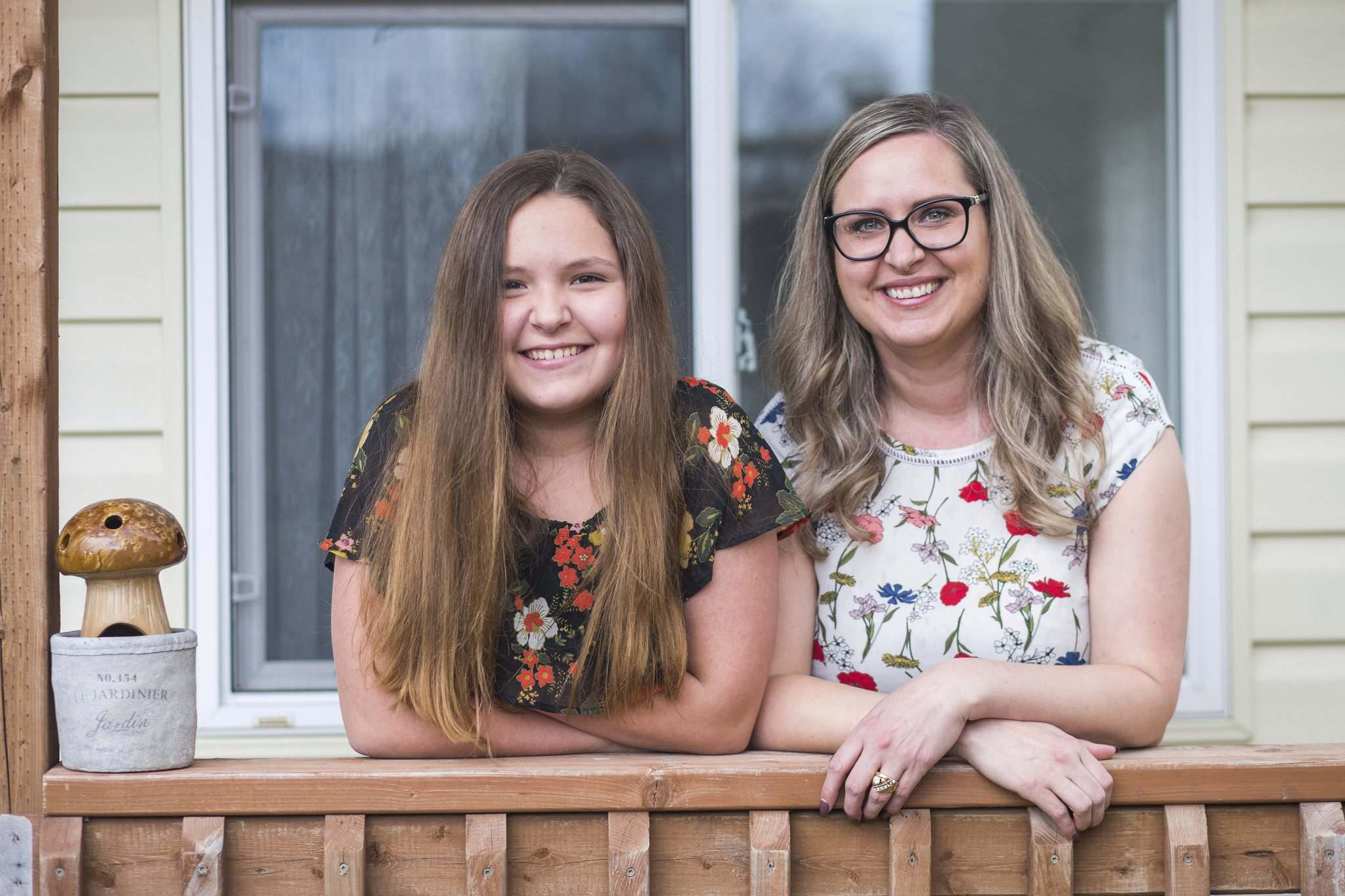 When Ashley Gobeil (right) told her daughter Addysyn (left) she would be vaccinated, the 12-year-old screamed with delight. (Mikaela MacKenzie / Winnipeg Free Press)</p>