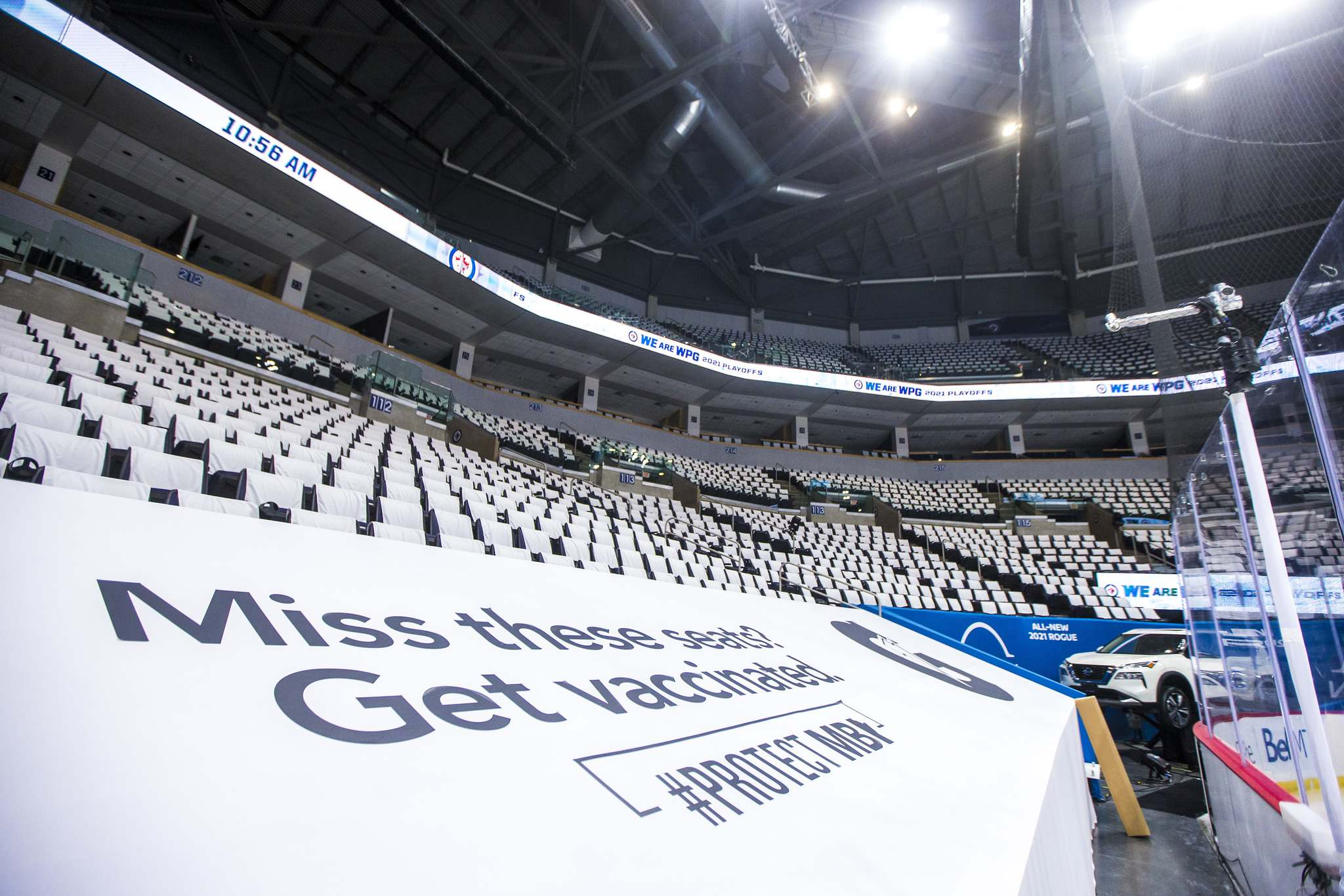 There will be actual people in the stands and not just seat covers at the arena on Wednesday. (Mikaela MacKenzie / Winnipeg Free Press)