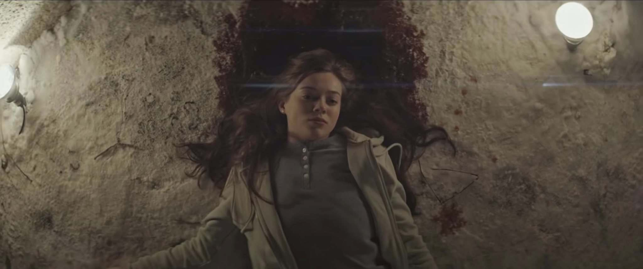 Megan Best's character falls to her death in Seance. (Dark Castle Entertainment)