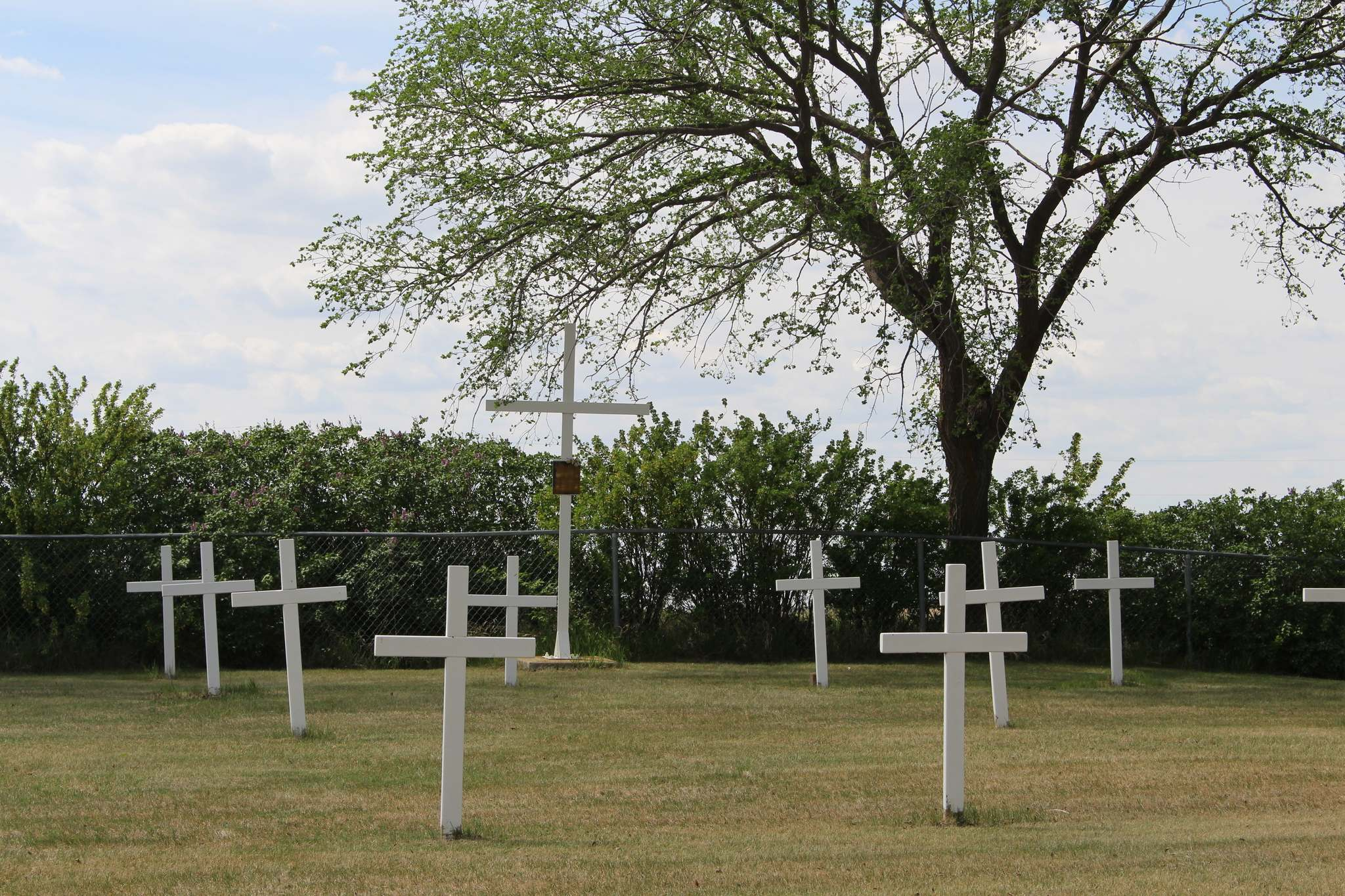 RYAN THORPE / WINNIPEG FREE PRESS</p><p>The cemetery for victims of the residential school in Elkhorn. It is located on the outskirts of the town and is a unique example of a residential school burial ground that has actually been properly maintained. </p></p>