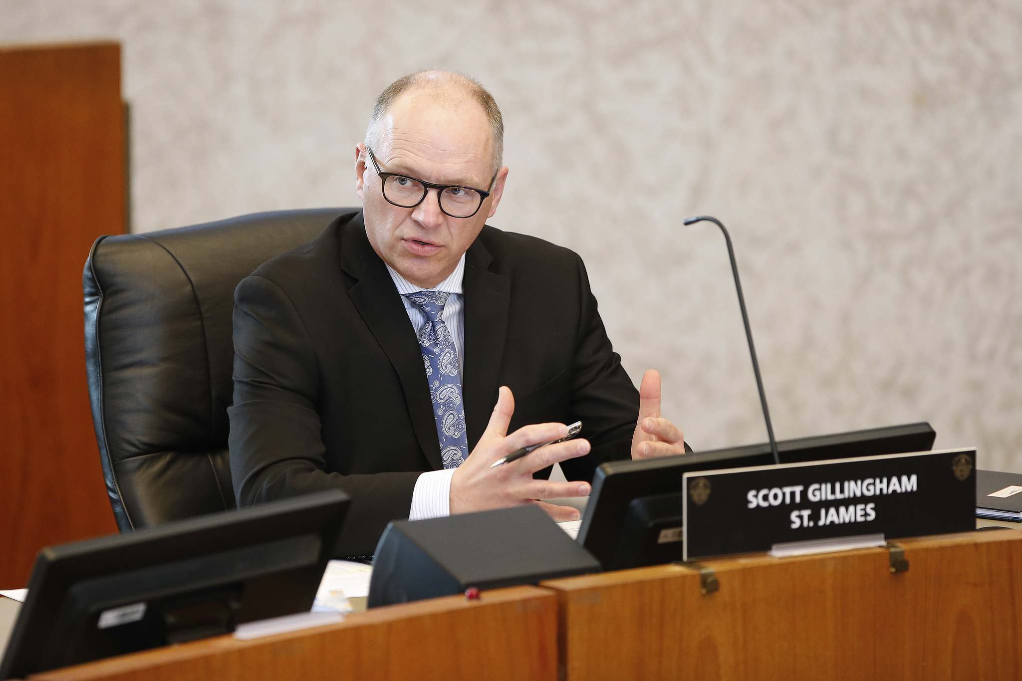 The impact of the city budget gets worse every month the pandemic drags on, says Coun. Scott Gillingham, chairman of the finance committee. (John Woods / Winnipeg Free Press files)</p>