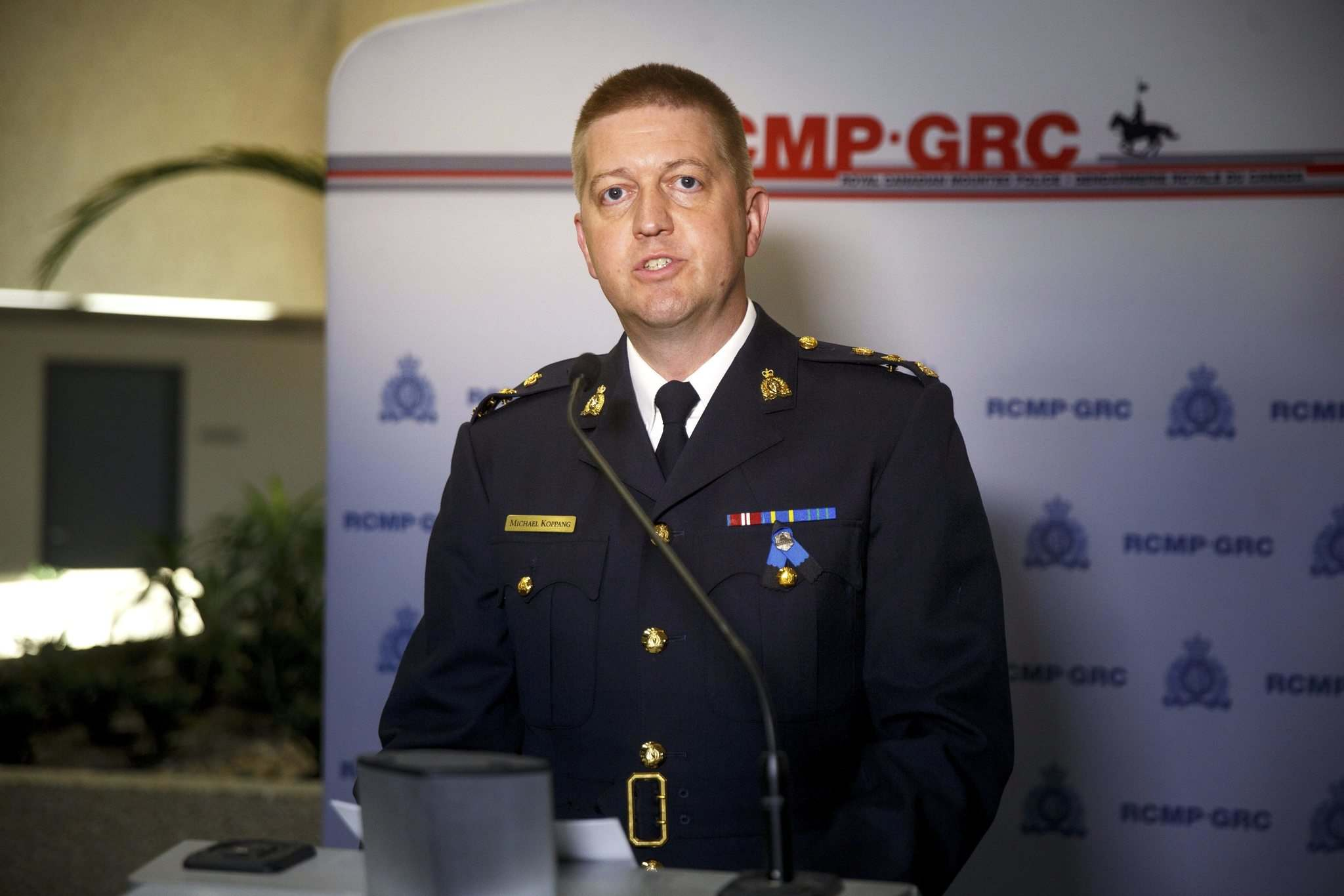 """""""When we heard that the (Ontario Provincial Police) had this residence surrounded, our entire team was holding their breath,"""" Manitoba RCMP Supt. Michael Koppang said at a news conference."""