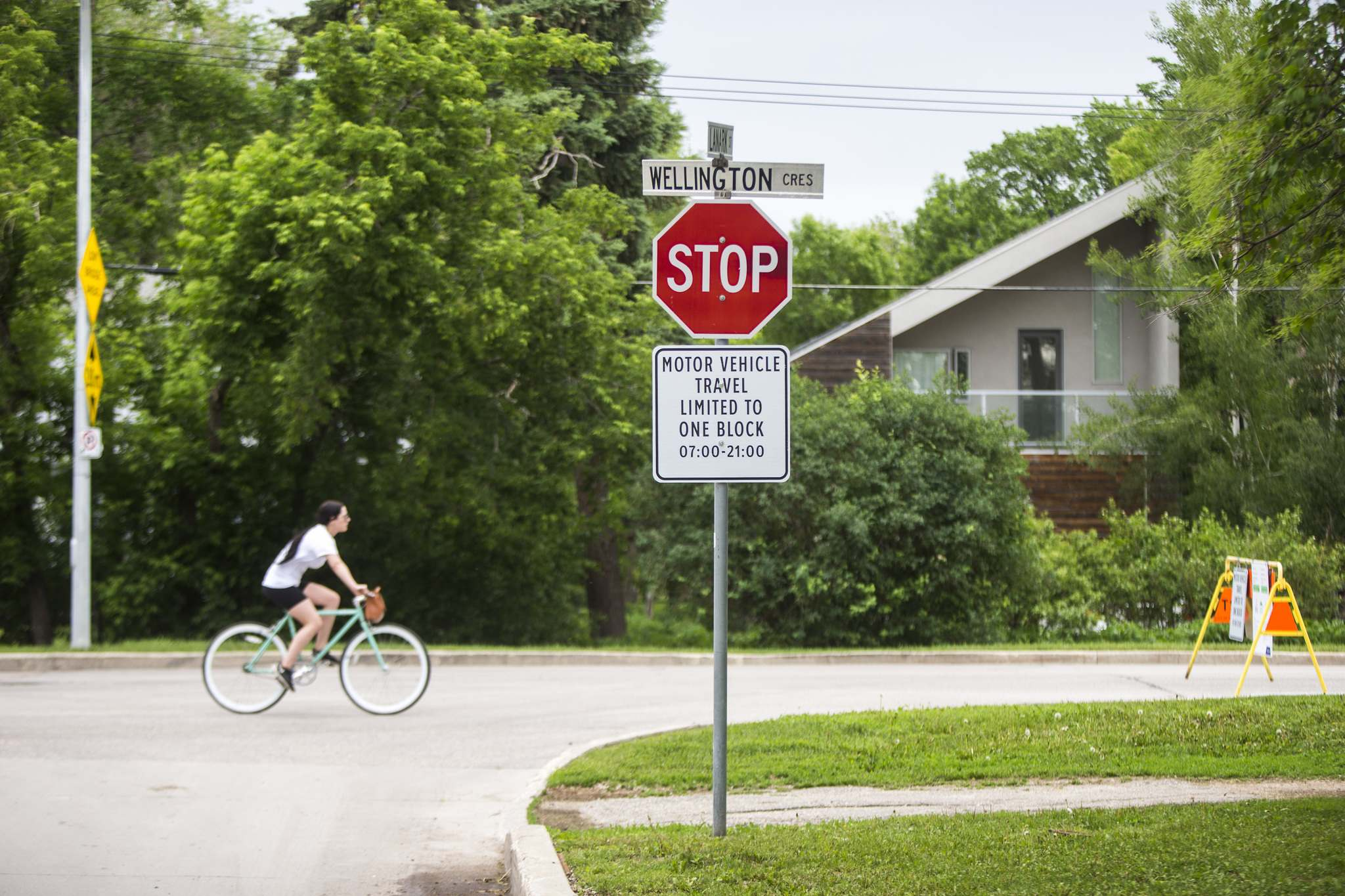 WINNIPEG FREE PRESS FILES</p><p>A cyclist pedals along a section of Wellington Crescent that, as part of Winnipeg's active transportation pilot project, has raised complaints from homeowners.</p>