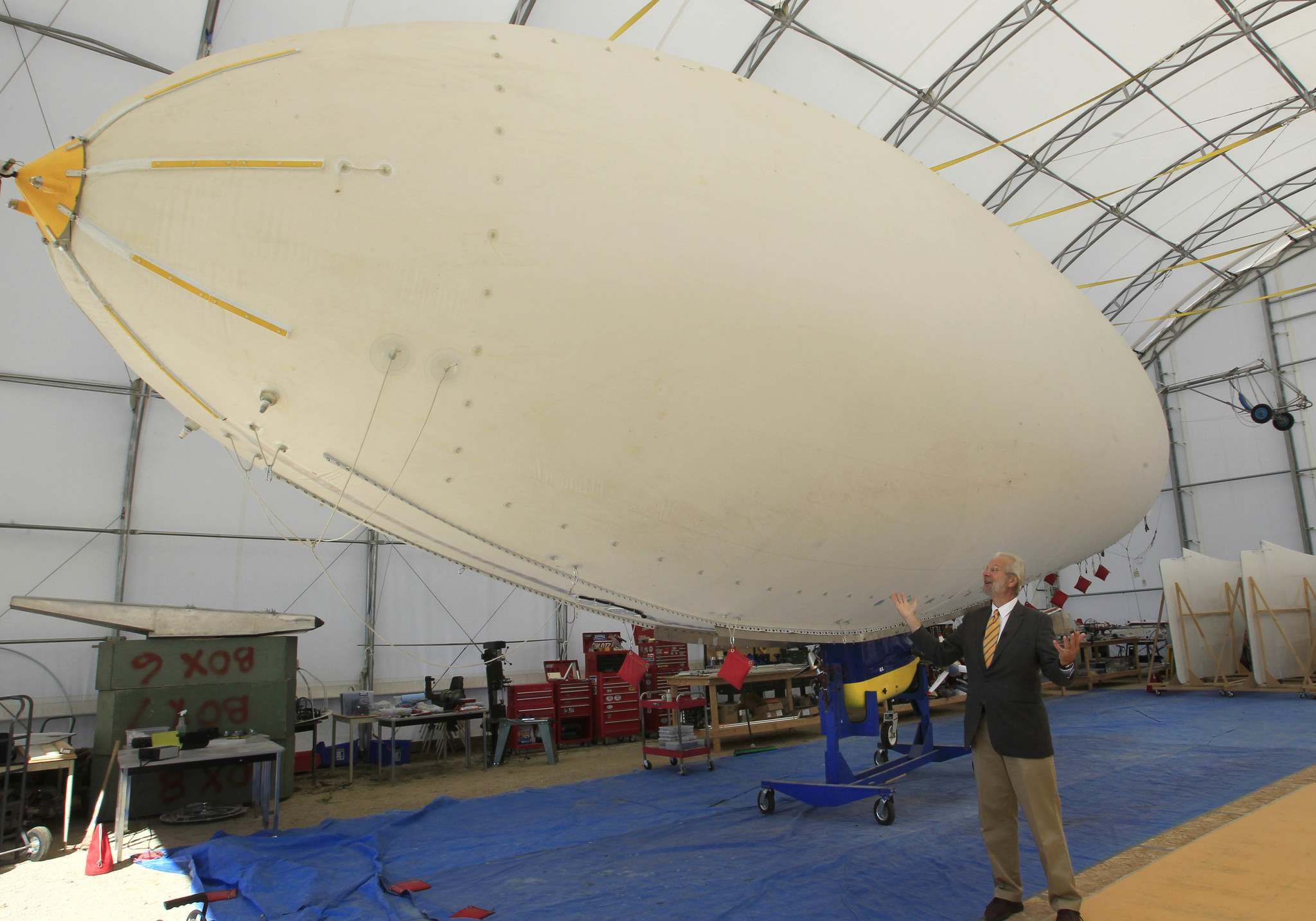 Wayne Glowacki / Winnipeg Free Press files</p><p>Barry Prentice stands in front of an airship at the St. Andrews Airport in 2013.</p></p>