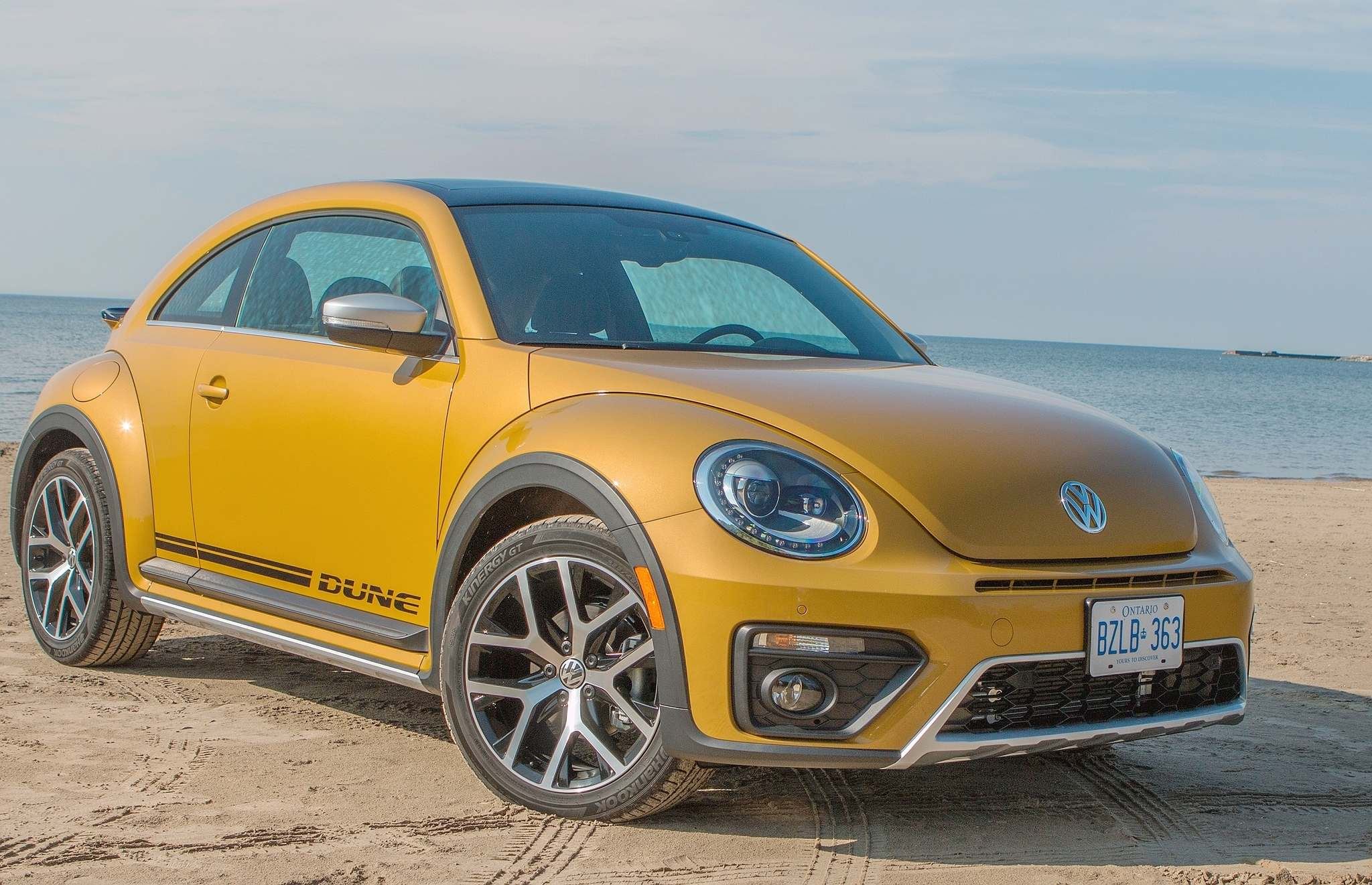 Photos by Clayton Seams / PostmediaThe 2016 Volkswagen Beetle Dune is a rare move for Volkswagen — something truly bold.