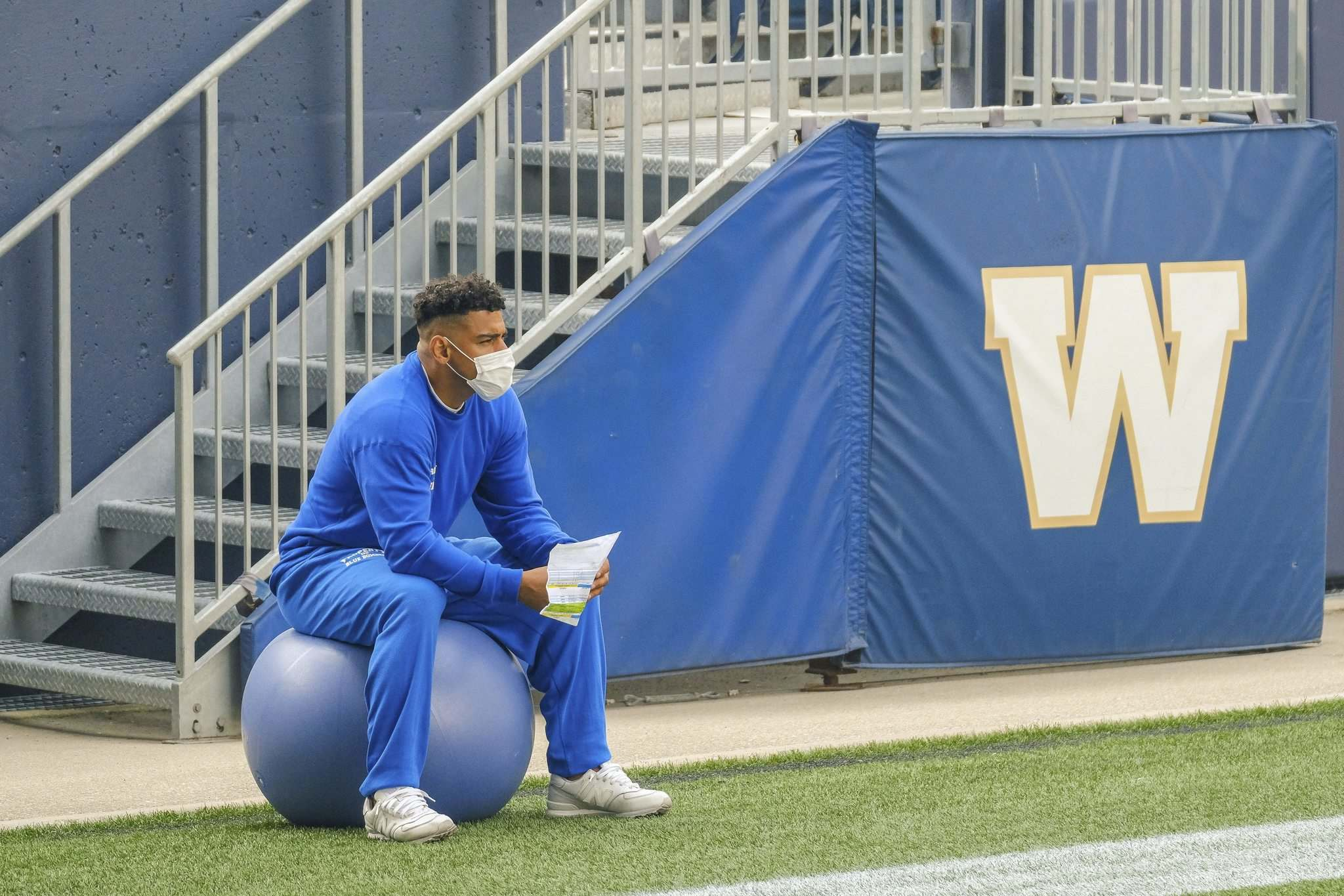 MIKE DEAL / WINNIPEG FREE PRESS</p><p>Bombers running back Andrew Harris is questionable to start in Thursday's season-opener due to a lingering injury.</p></p>