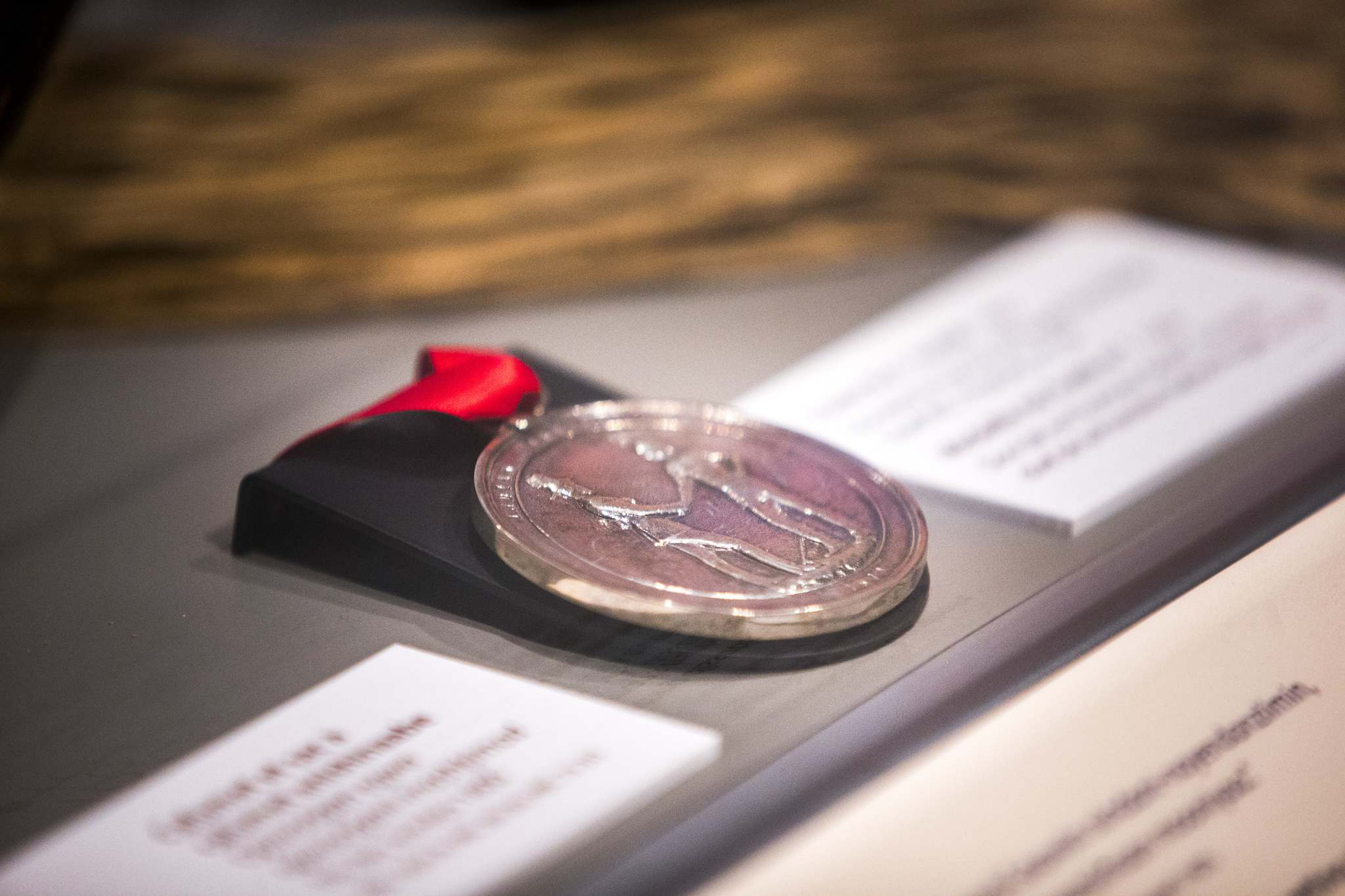 Medals on display at the Manitoba Museum confirm treaty promises. The medals symbolize Canada's promises to First Nations peoples. (Mikaela MacKenzie / Winnipeg Free Press)