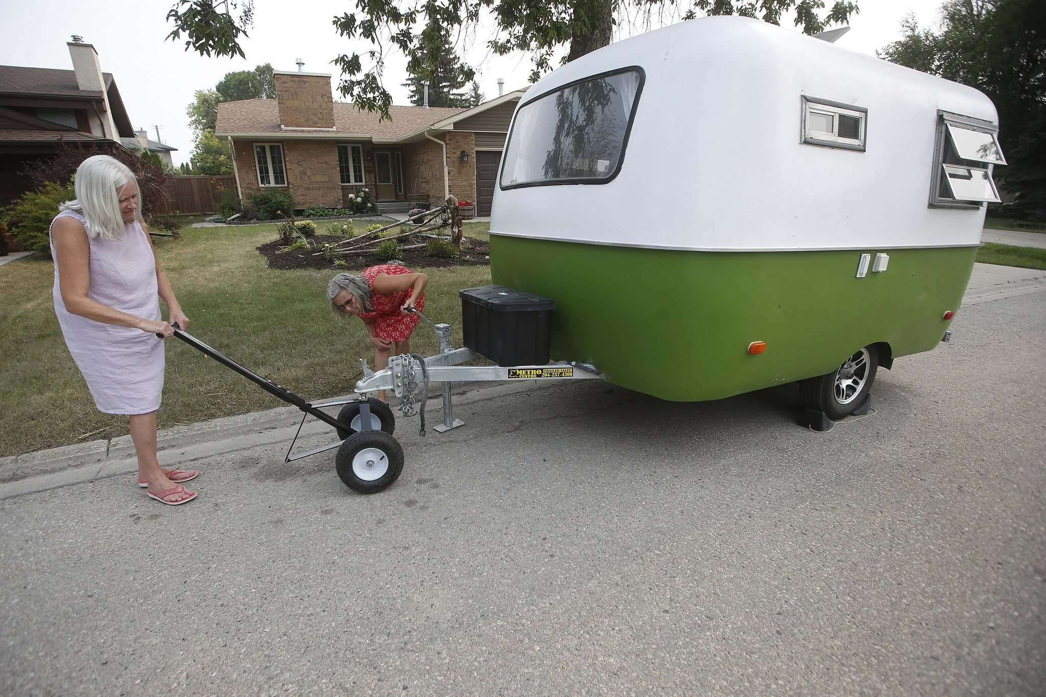 JOHN WOODS / WINNIPEG FREE PRESS</p></p><p>Light enough, and well-balanced enough, the Boler can be moved with a simple wheeled dolly, as McCoomas demonstrates. </p>