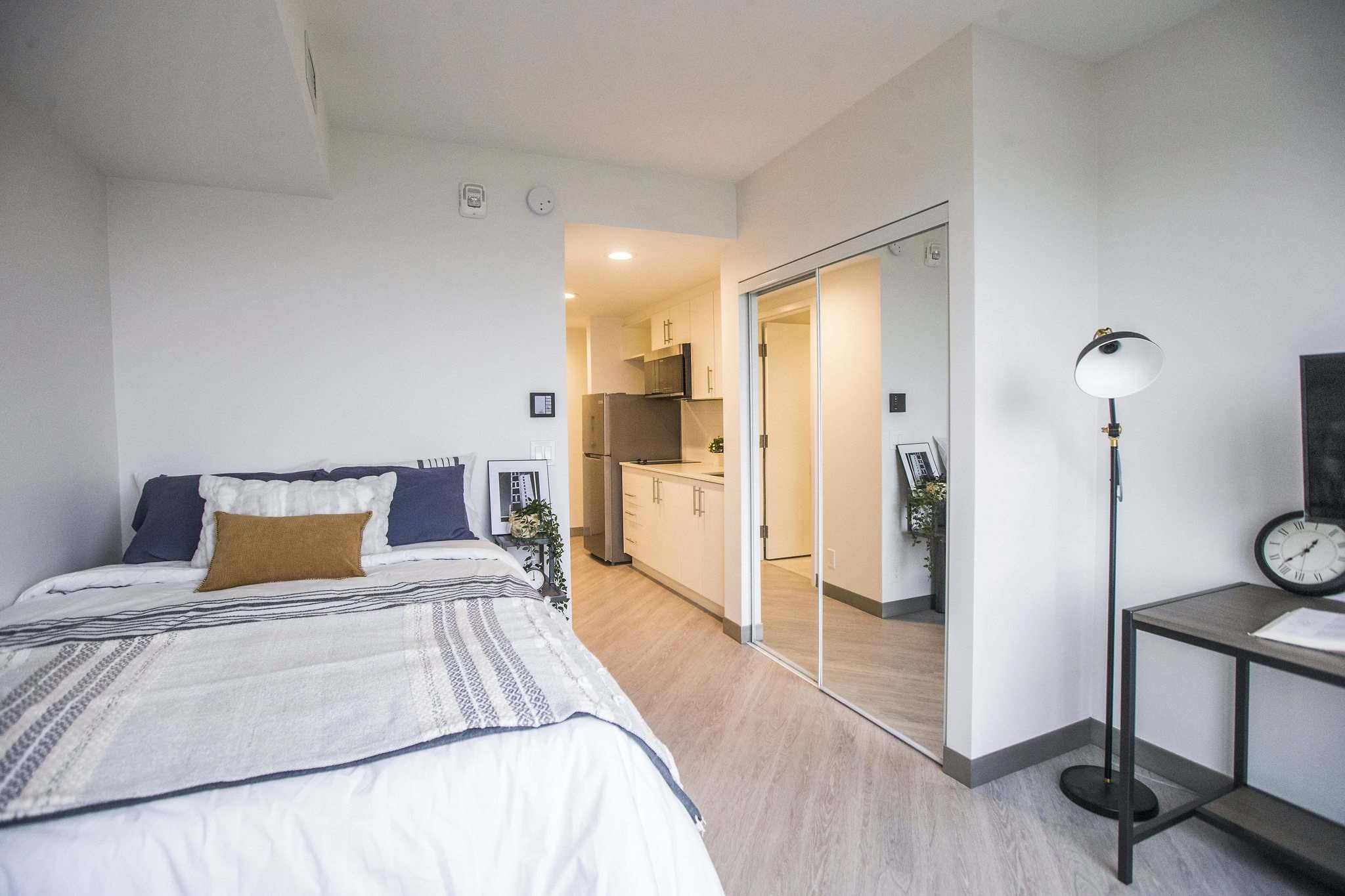 The complex includes 368 student-oriented, furnished rental units, with a total of 570 beds in single, double and four-person suites.