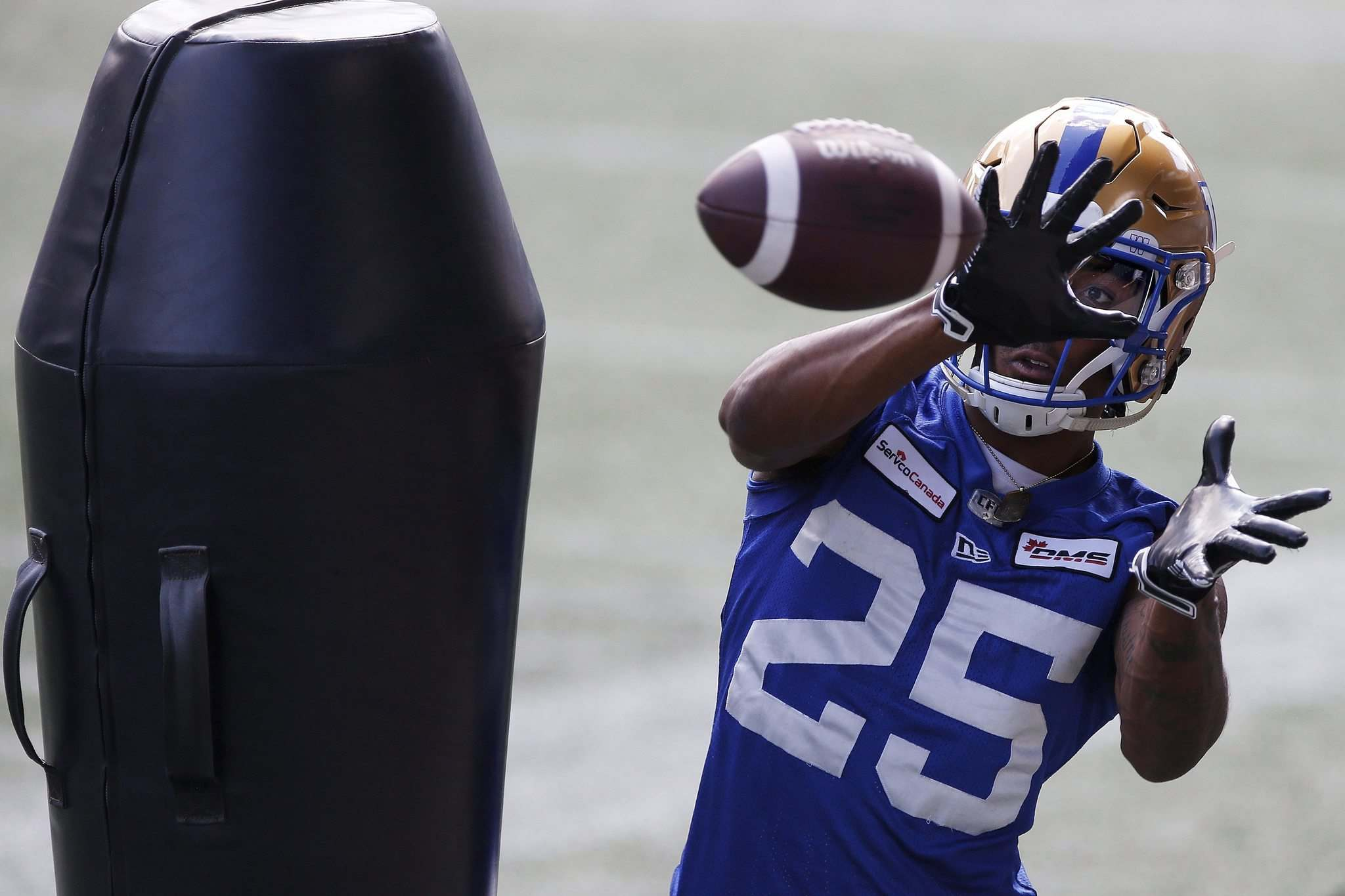 JOHN WOODS / WINNIPEG FREE PRESS</p><p>Winnipeg Blue Bombers' Josh Miller says he asks God to let his late mother know when he's playing football. 'I hope she's smiling and I hope she's proud,' he said.</p>