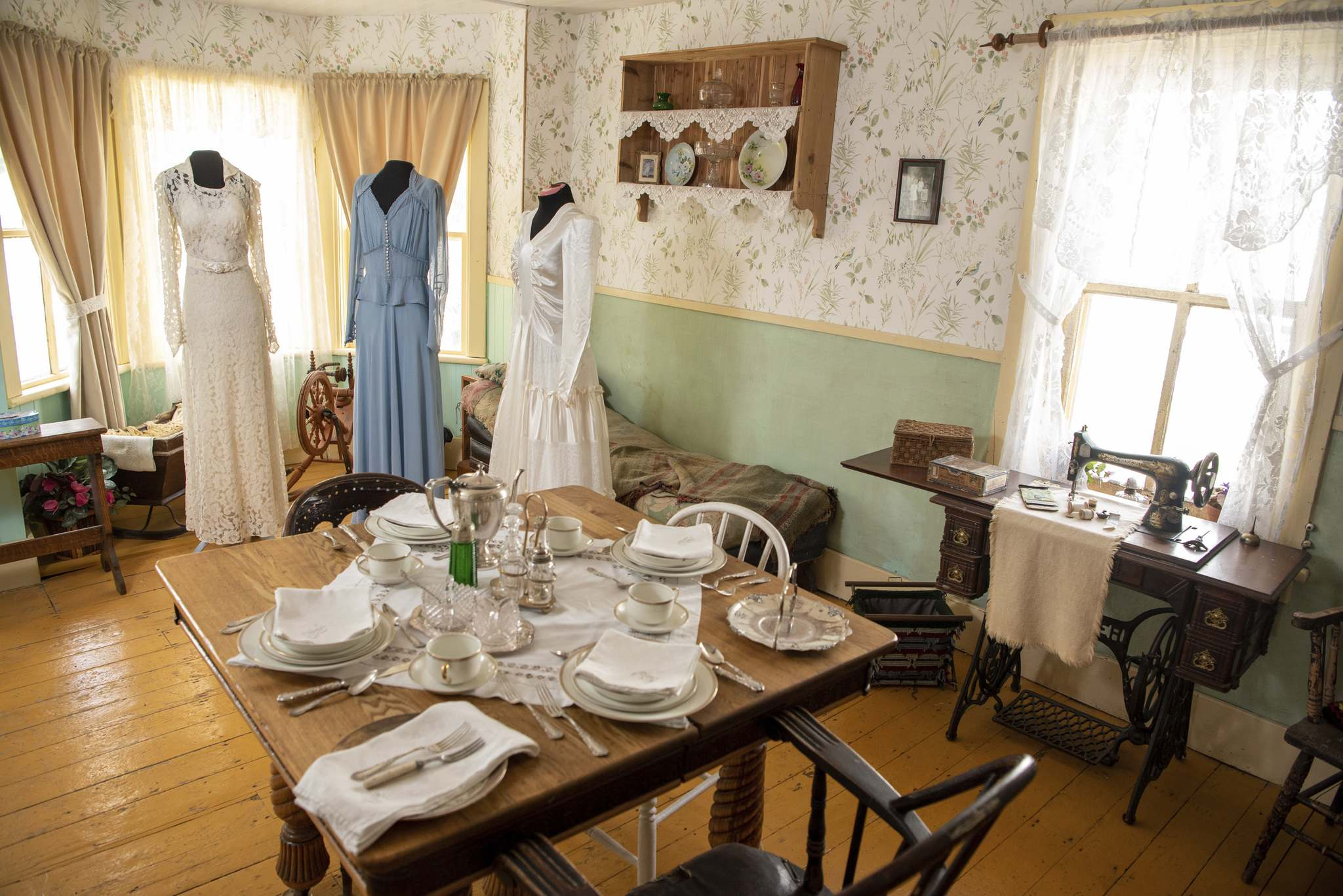 Wedding dresses dating from the Great Depression & War Collection are part of the I Do exhibition, on Wednesday to Sunday from 10 a.m. to 5 p.m. in Manitou.</p>
