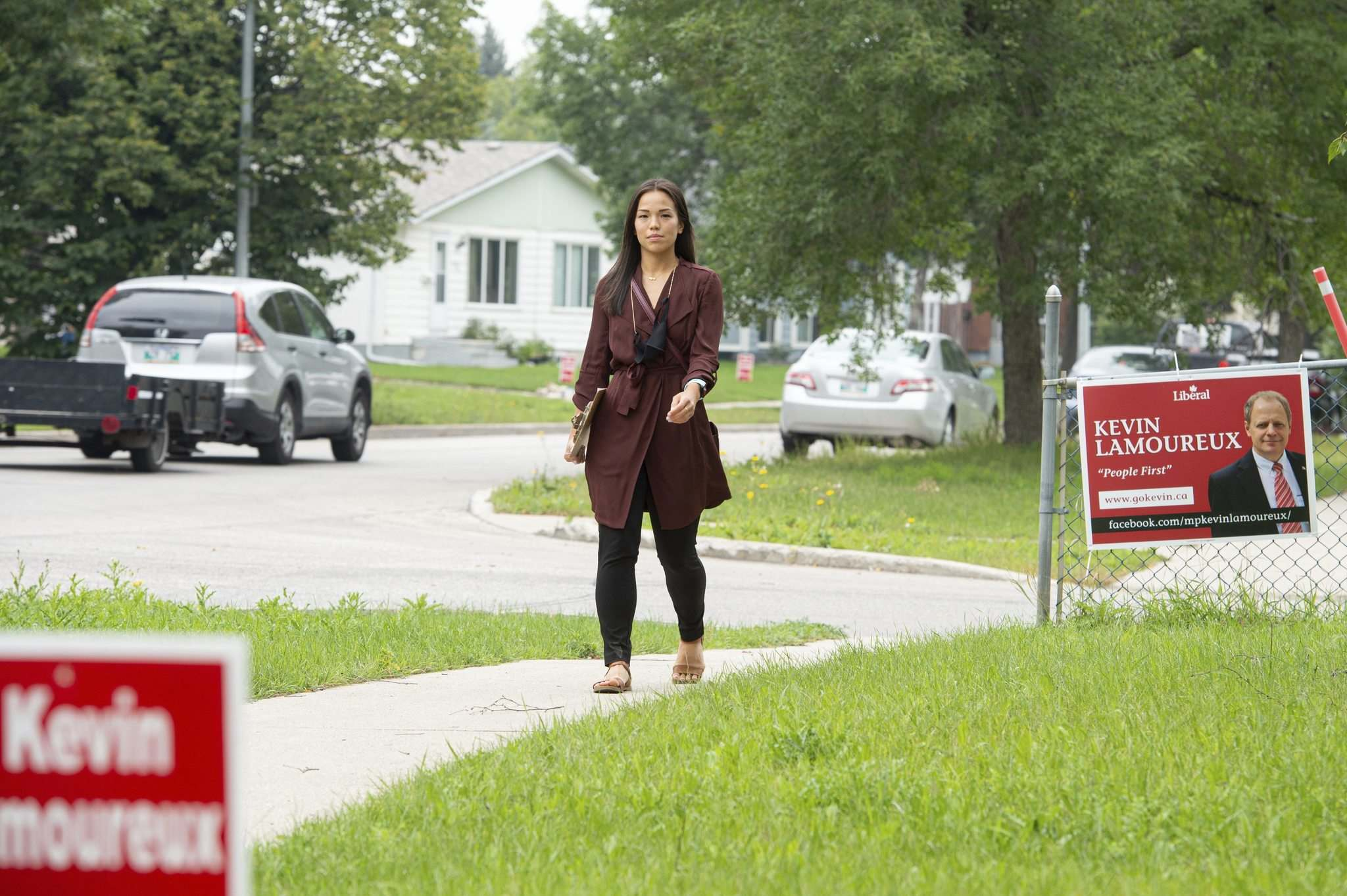 NDP candidate for Winnipeg North, Melissa Chung-Mowat, is finding support among constituents drawn to NDP Leader Jagmeet Singh. (Mike Sudoma / Winnipeg Free Press)</p>