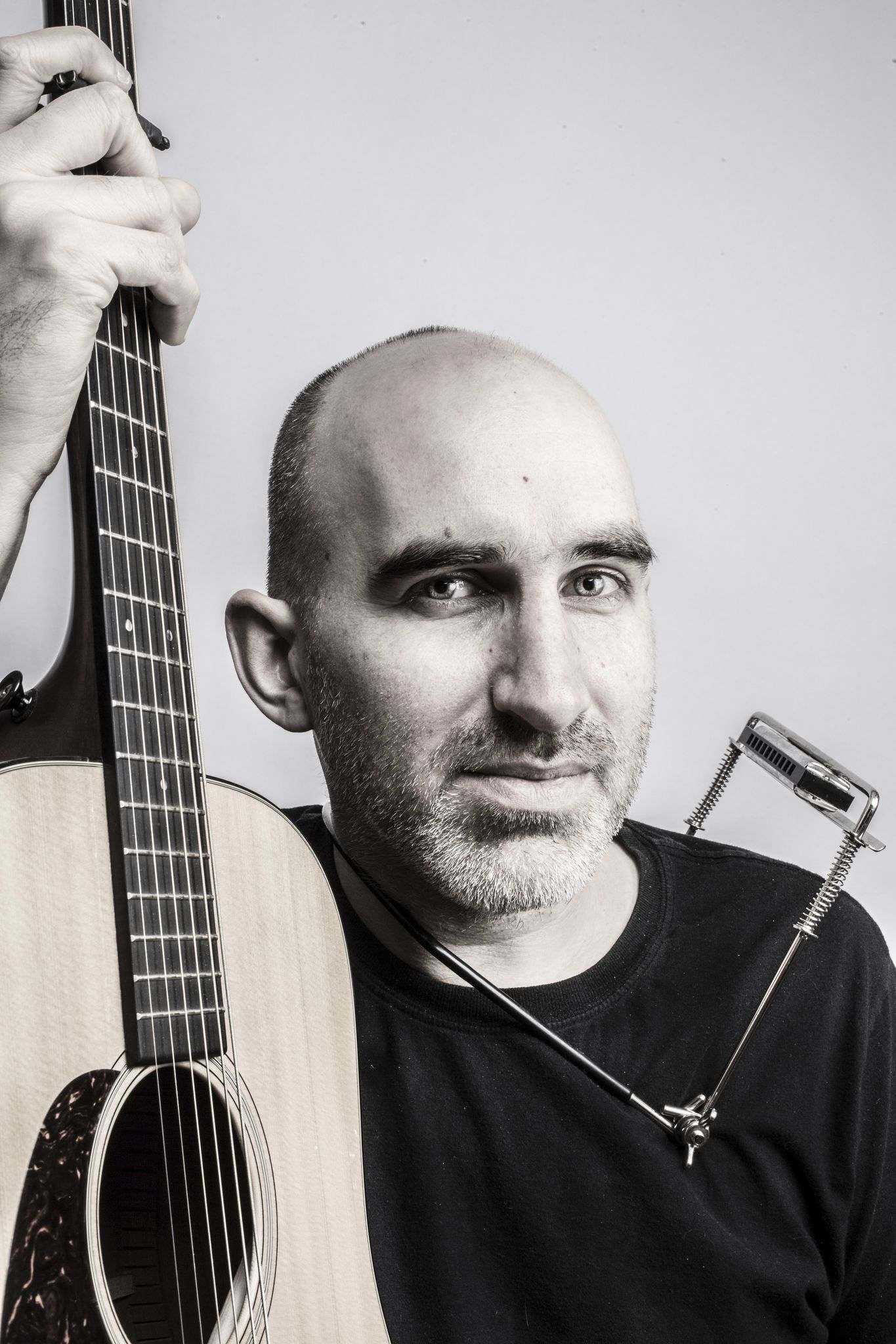 Dan Frechette plays the patio on Friday. (Supplied)