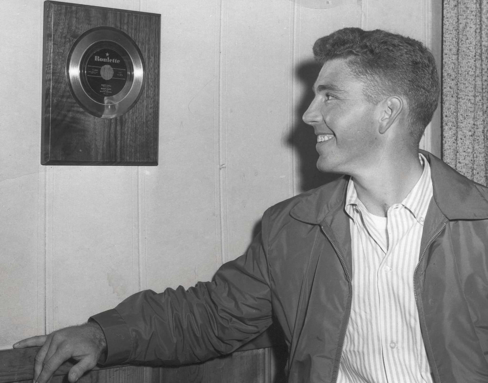 Knox with the gold record he received for his big hit, Party Doll.</p></p></p>