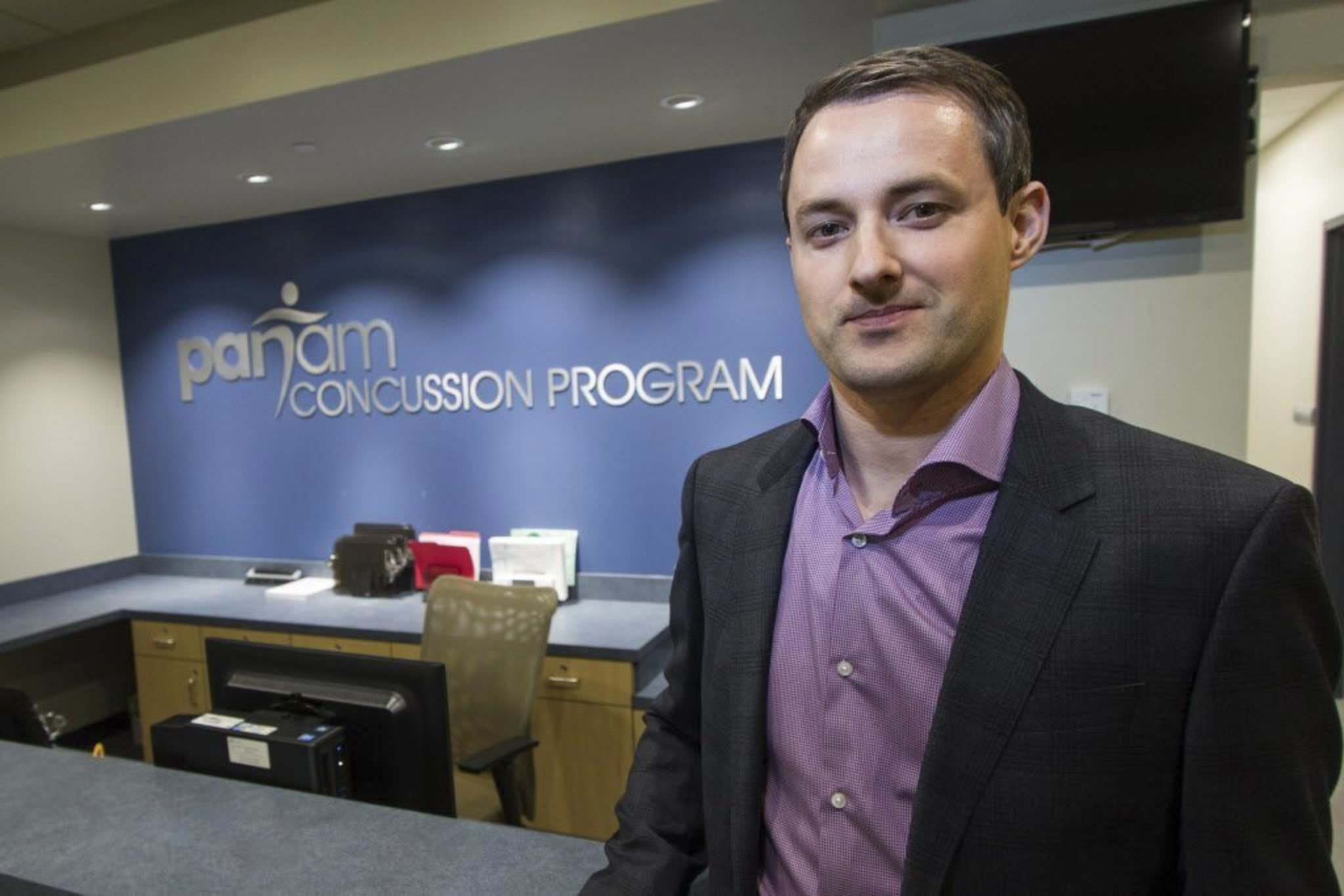 MIKE DEAL / WINNIPEG FREE PRESS FILES</p><p>Dr. Michael Ellis of the Pan Am Clinic&rsquo;s Concussion Program says there can be severe symptoms from a mild brain injury. </p>