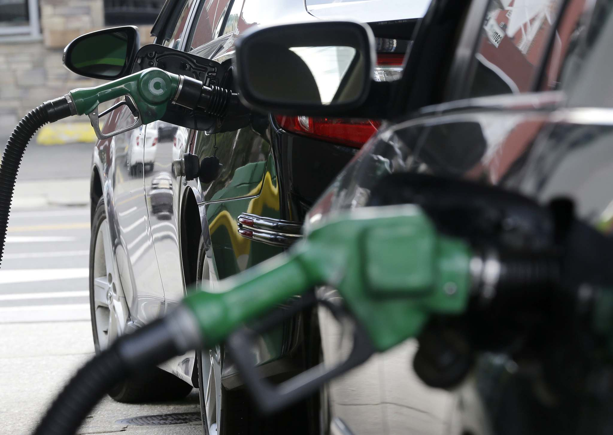 JULIO CORTEZ / THE ASSOCIATED PRESS FILES</p><p>If introduced gradually, with increases, a national gas tax could help curb greenhouse gas emissions.</p>
